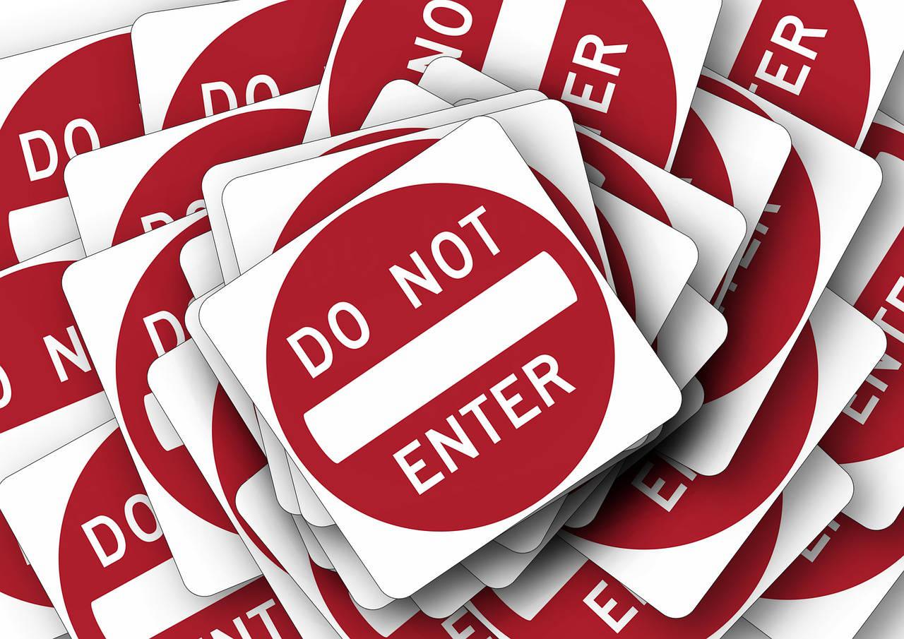 impianto ai allarme o inferriate: do not enter!