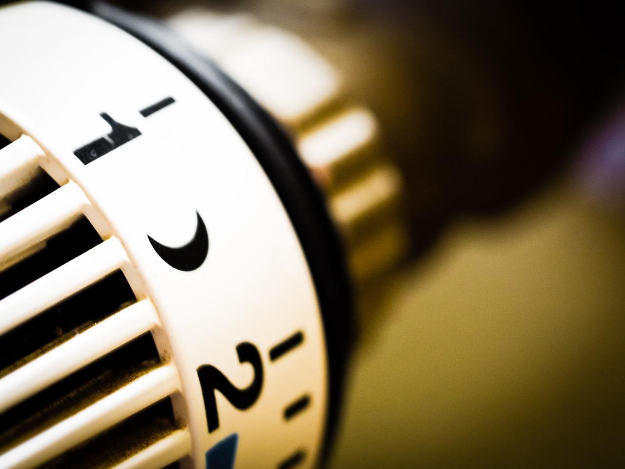 termovalvole-valvole-termostatiche-termosifoni-radiatori